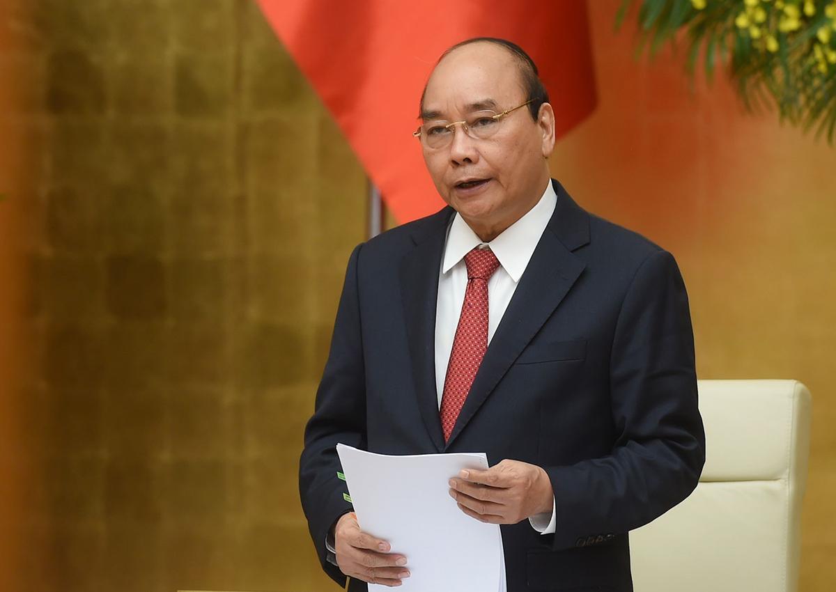 Thủ tướng Nguyễn Xuân Phúc phát biểu tại cuộc họp trực tuyến sáng nay. Ảnh: VGP