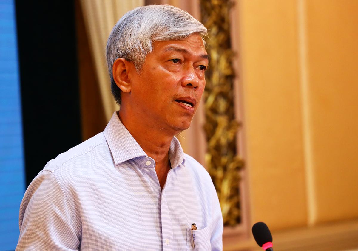 Phó chủ tịch UBND TP HCM Võ Văn Hoan tại cuộc họp sáng nay. Ảnh: Trung tâm báo chí TP HCM.