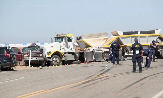 Hai xe đâm nhau khiến 13 người chết và tất cả đều thuộc xe SUV. Ảnh: The Desert Sun