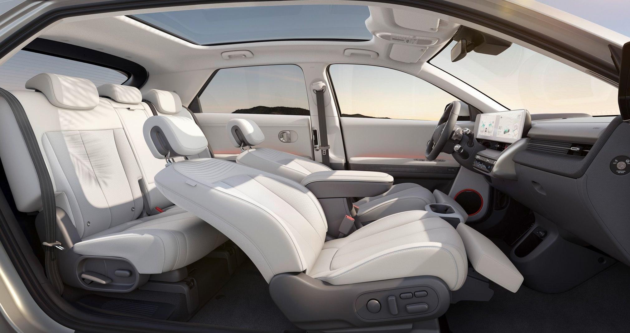 Không gian nội thất bên trong một mẫu xe điện. Ảnh: Hyundai