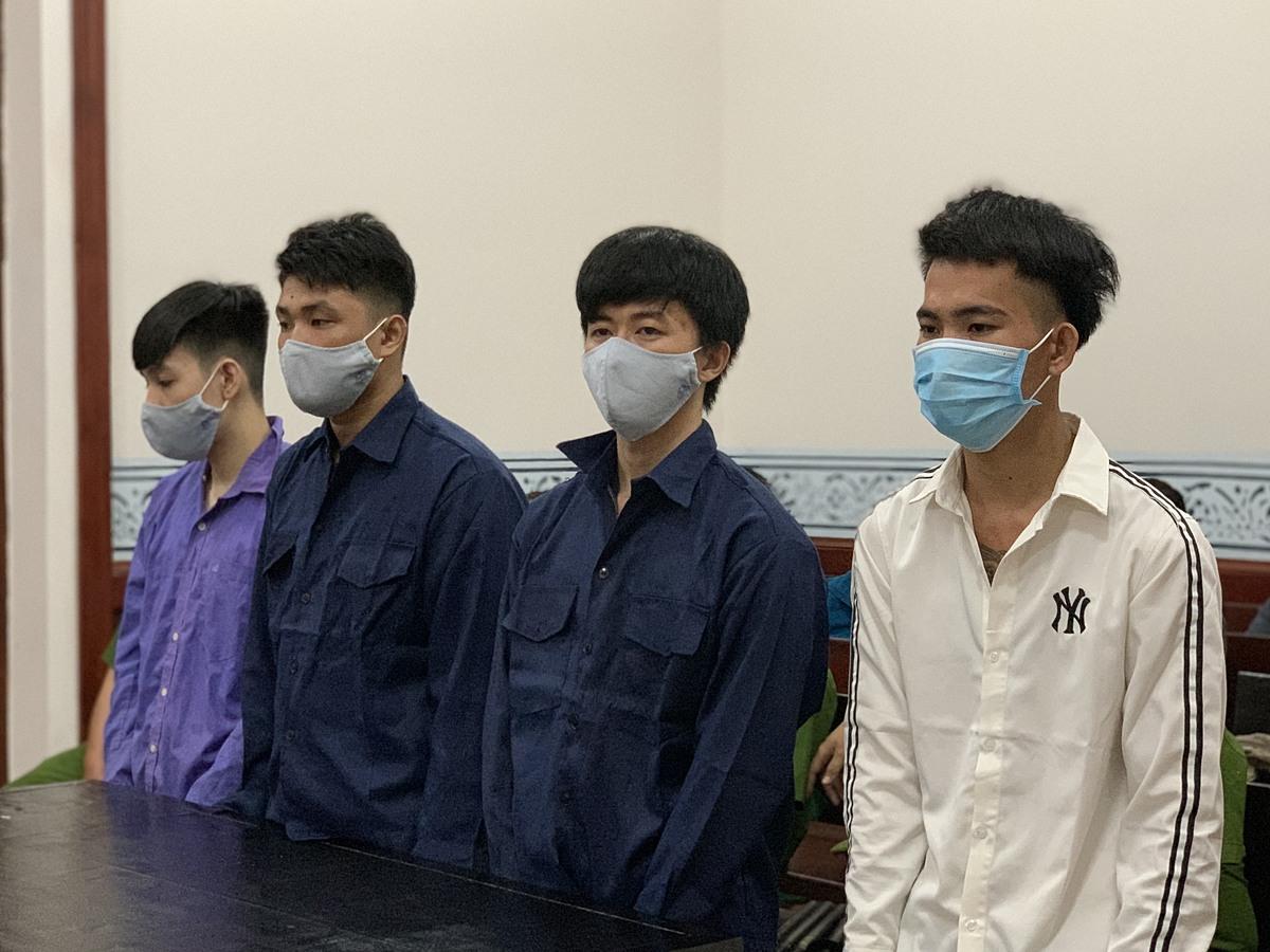 Các bị cáo tại tòa sáng 3/3. Ảnh: Dương Trang