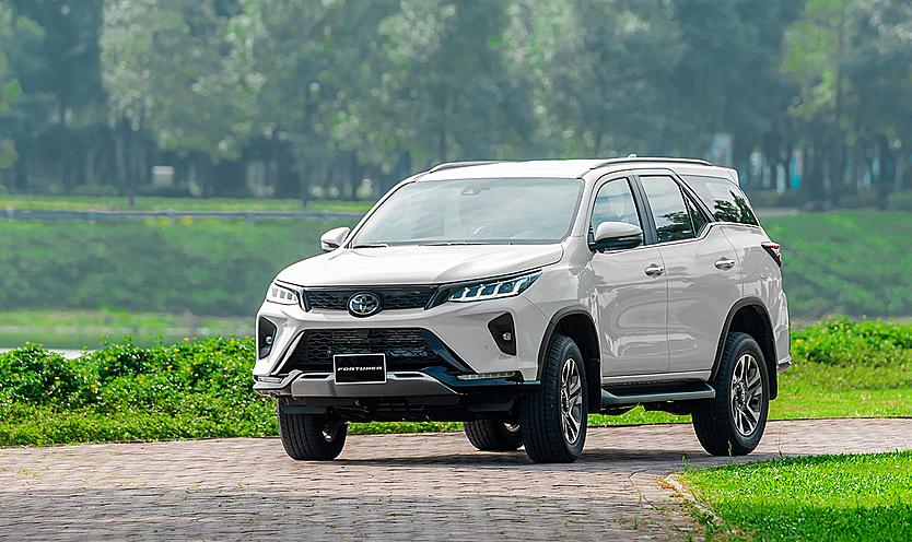 Phiên bản Legender của Fortuner tại Việt Nam. Ảnh: Toyota