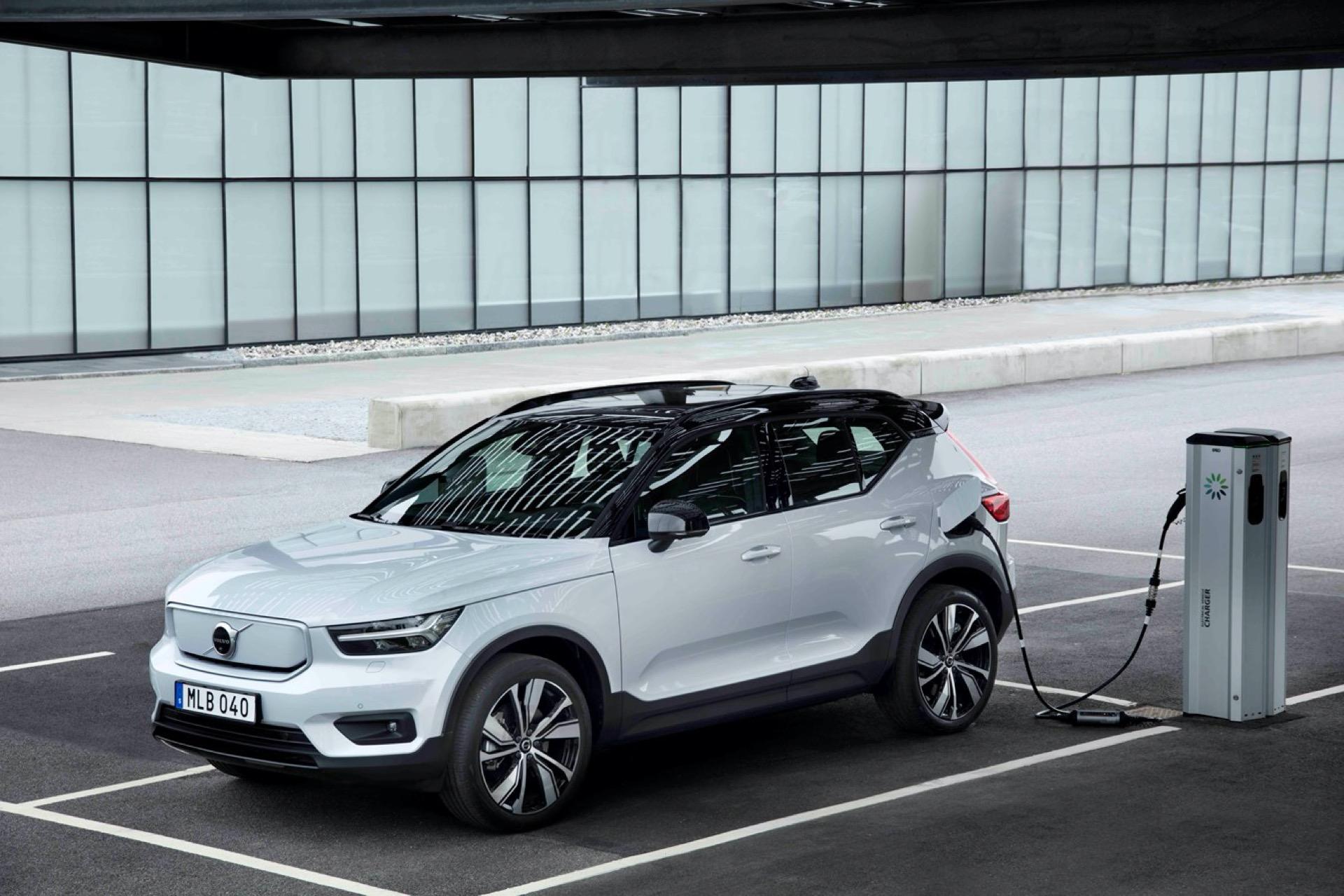 C40 Recharge, mẫu SUV phong cách coupe thuần điện với tầm hoạt động 420 km. Ảnh: Volvo