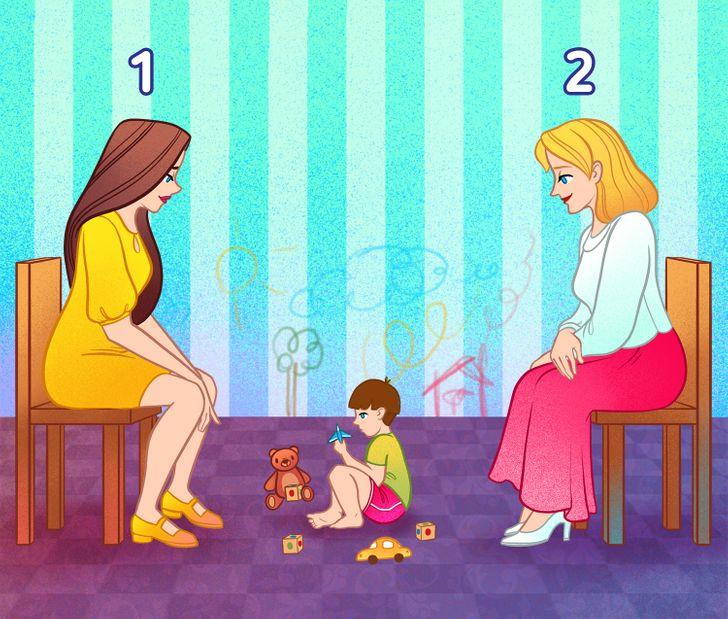 Mẹ đứa trẻ ngồi ở đâu?