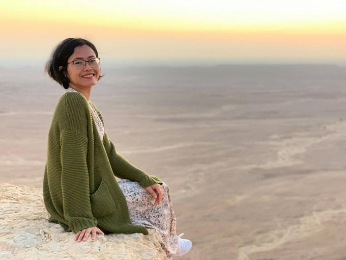 Hannah tới Trung Đông hồi tháng 12/2020. Ảnh: NVCC.