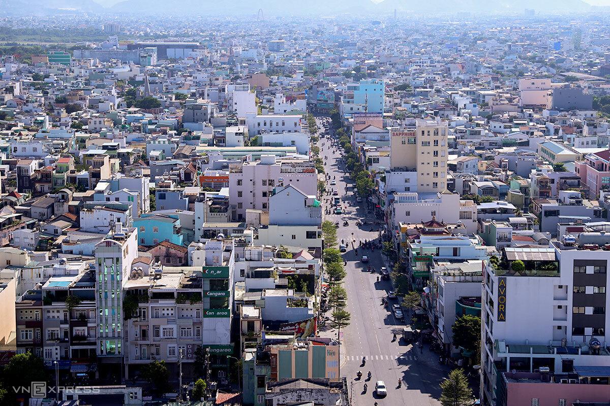 Đà Nẵng tính đến làm đô thị nén để tạo không gian cho khu đô thị trung tâm hiện hữu. Ảnh: Nguyễn Đông.