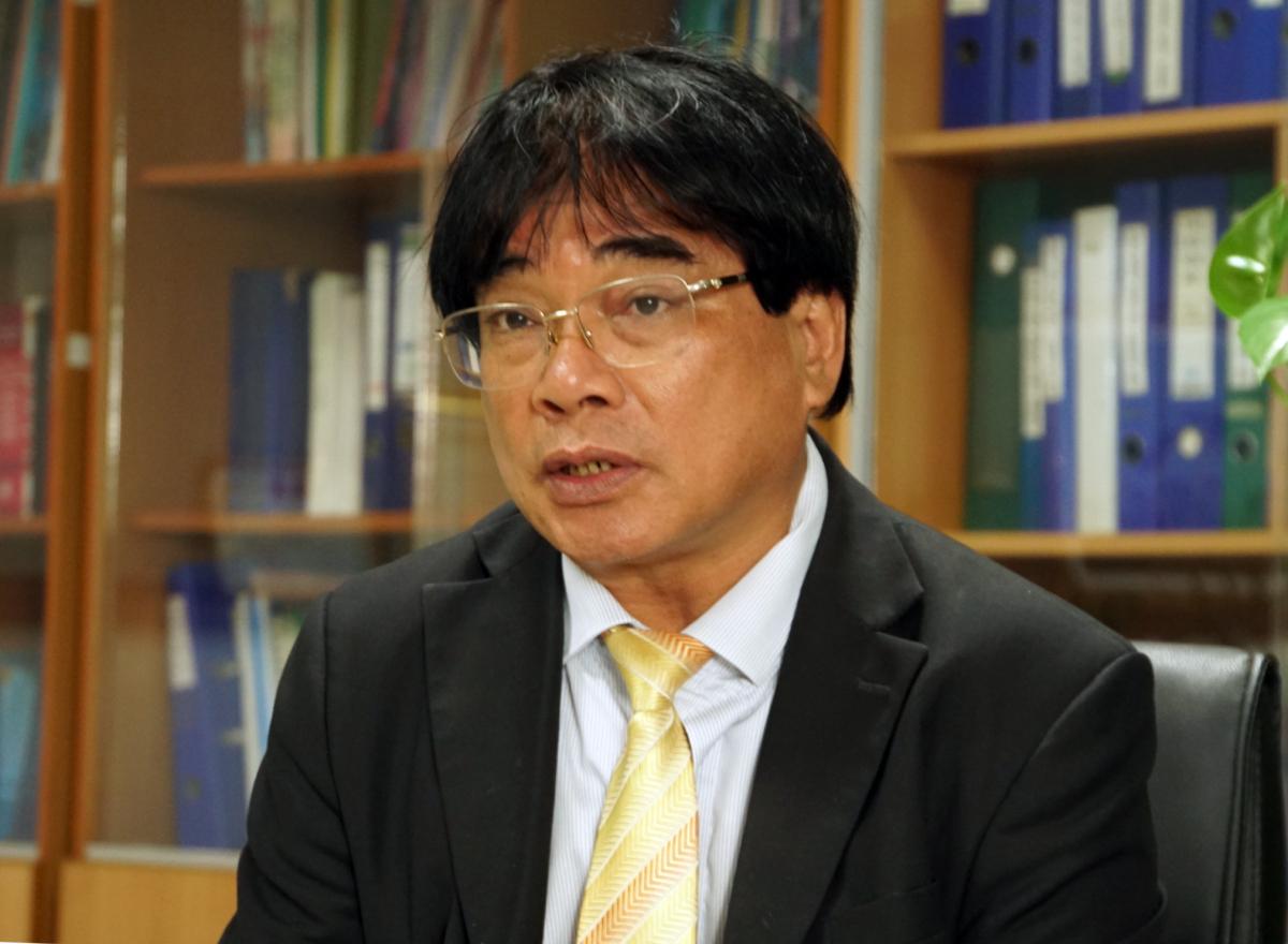 PGS Đỗ Văn Dũng, Hiệu trưởng Đại học Sư phạm Kỹ thuật TP HCM nói về phương án tuyển sinh năm nay, chiều 9/3. Ảnh: Mạnh Tùng.