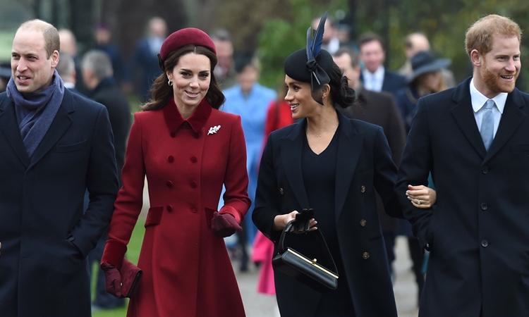 Vợ chồng William - Kate và vợ chồng Harry - Meghan đến một nhà thờ ở Anh năm 2018. Ảnh: PA.