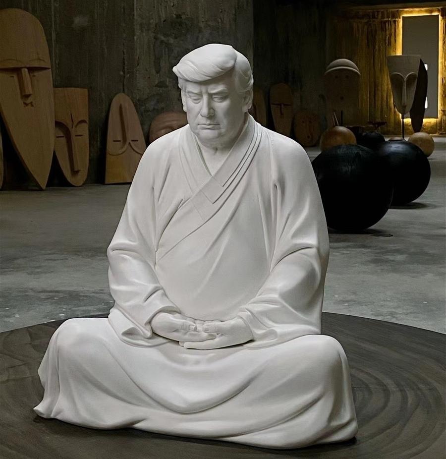 Tượng Trump ngồi thiền hút khách Trung Quốc 0c679dd3-ab9c-4d77-a28b-0eae1b-8608-3032-1615338790