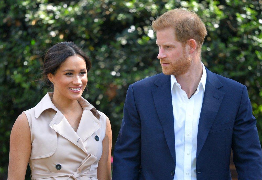 Harry và Meghan đến Nam Phi năm 2019. Ảnh: AP.