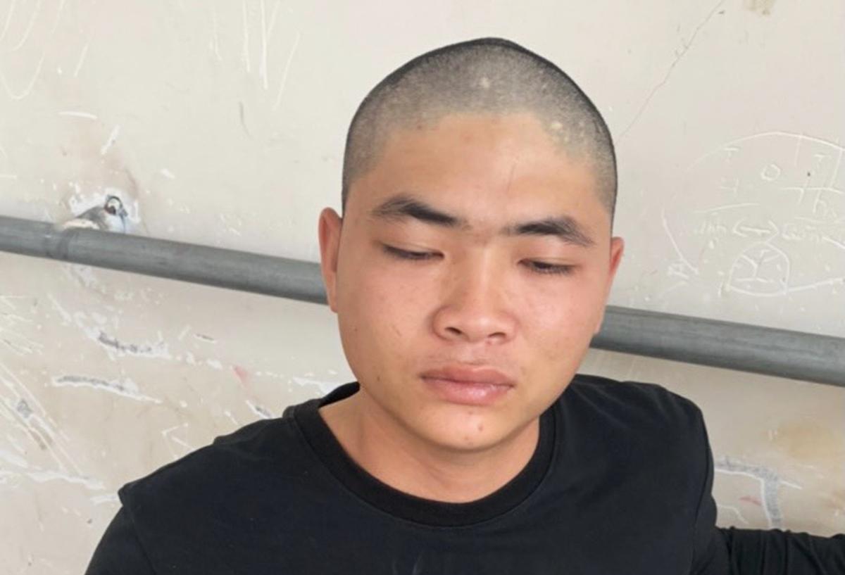 Vũ Tuấn Anh tại Công an huyện Long Điền. Ảnh: Quang Bình.