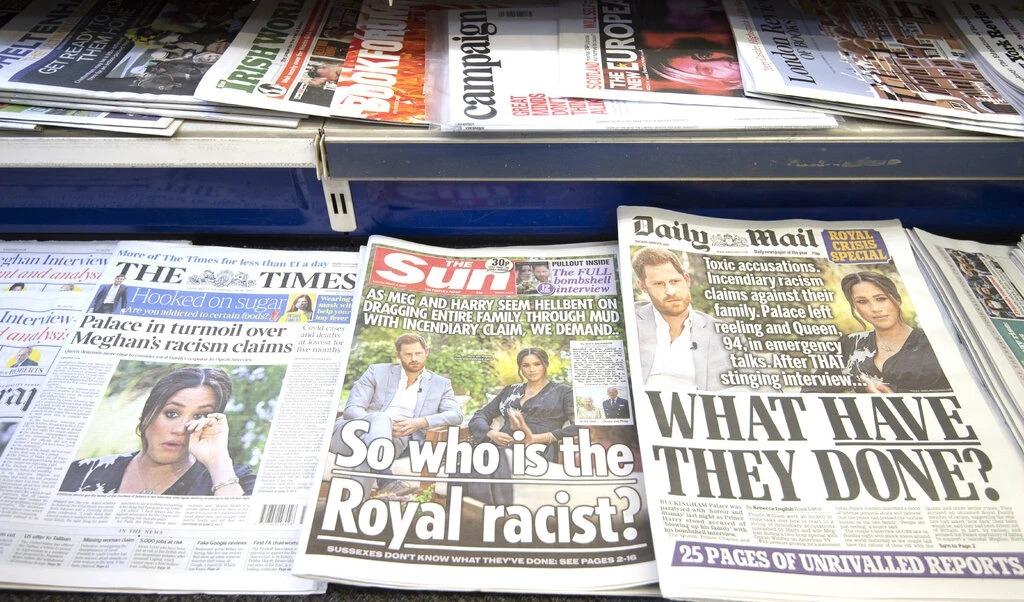 Tin tức về buổi phỏng vấn của Harry và Meghan lên trang nhất các tờ The Times, Sun, Daily Mail hôm 8/3. Ảnh: Shutter Stock