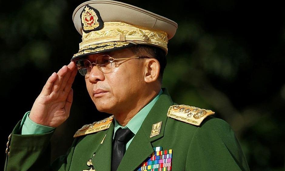 Tổng tư lệnh các lực lượng vũ trang Myanmar Min Aung Hlaing tại Yangon tháng 7/2016. Ảnh: Reuters.