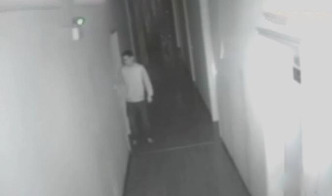 Hình ảnh của Bân xuất hiện trong camera an ninh của khách sạn. Ảnh: CCTV.