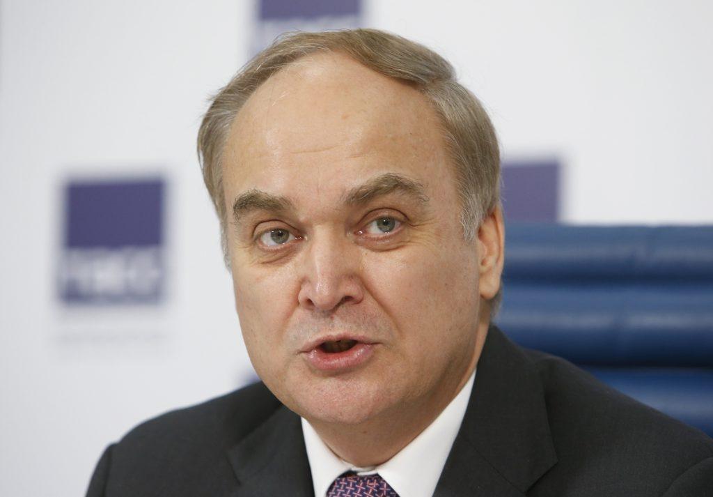 Thứ trưởng Quốc phòng Nga Anatoly Antonov tại cuộc họp báo ở Moskva tháng 3/2015. Ảnh: Reuters.