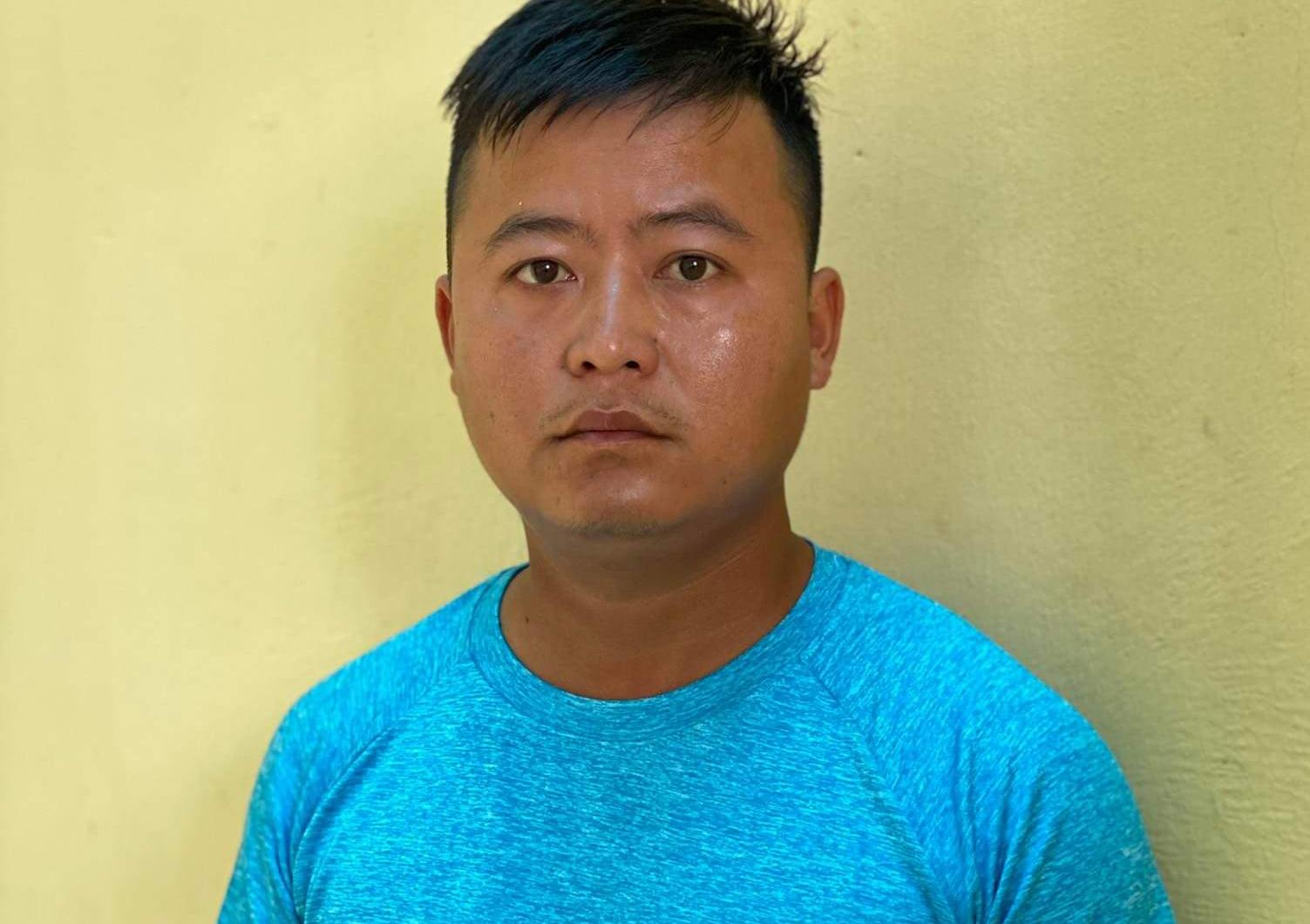 Nguyễn Văn Hiền tại cơ quan điều tra. Ảnh: Hồ Nam.