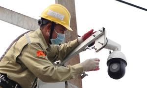 Giám sát đường điện cao thế bằng camera AI