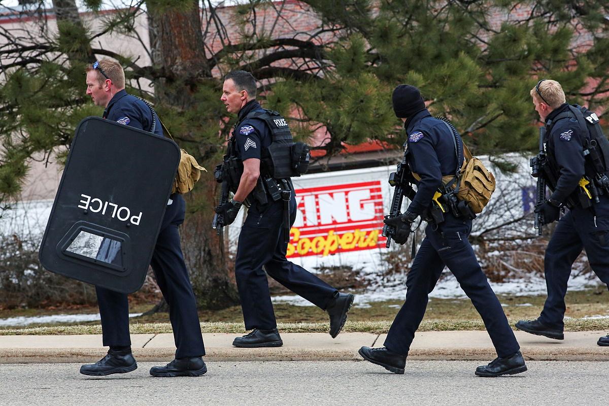 Cảnh sát tại hiện trường hôm 22/3. Ảnh: Reuters