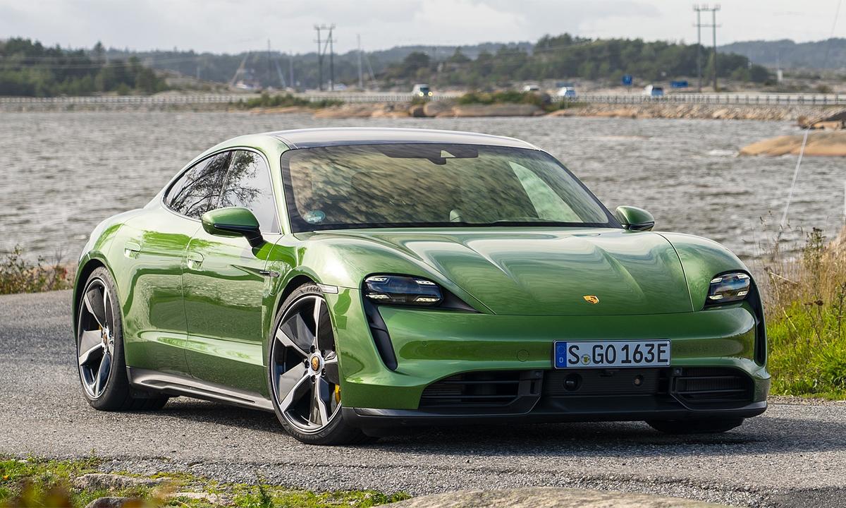 Taycan Turbo S nằm trong danh sách triệu hồi. Ảnh: Porsche