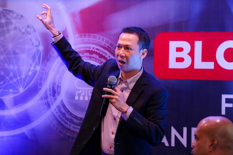 Diễn giả Đỗ Văn Long, CEO Vietnam Blockchain Corporation.