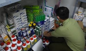 Kho thuốc tân dược nghi nhập lậu ở Sài Gòn