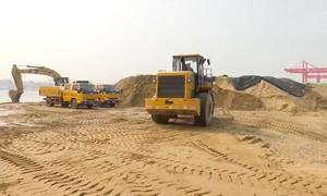Trung Quốc sản xuất cát nhân tạo thay cát sông