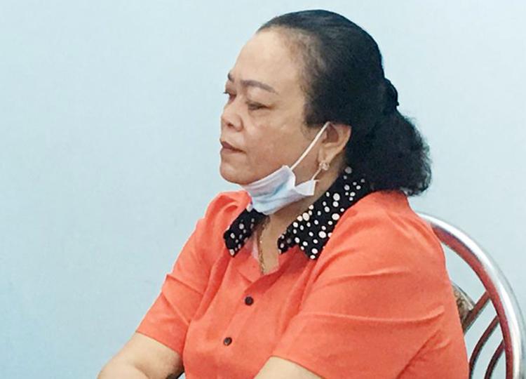 Bà Trần Thị Tuyến tại cơ quan công an. Ảnh: Công an cung cấp