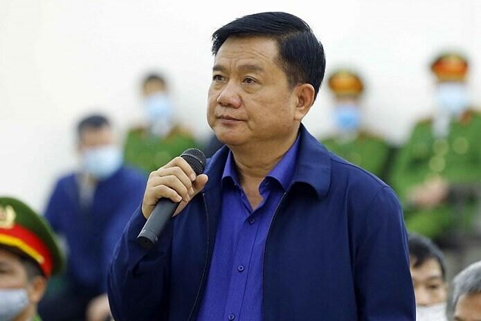 Ông Đinh La Thăng trong phiên toà hồi tháng 3 ở Hà Nội. Ảnh: TTXVN.