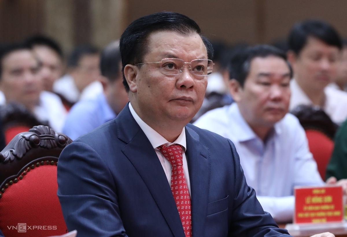 Ông Đinh Tiến Dũng tại lễ công bố quyết định phân công làm Bí thư Thành ủy Hà Nội, ngày 3/4. Ảnh: Ngọc Thành