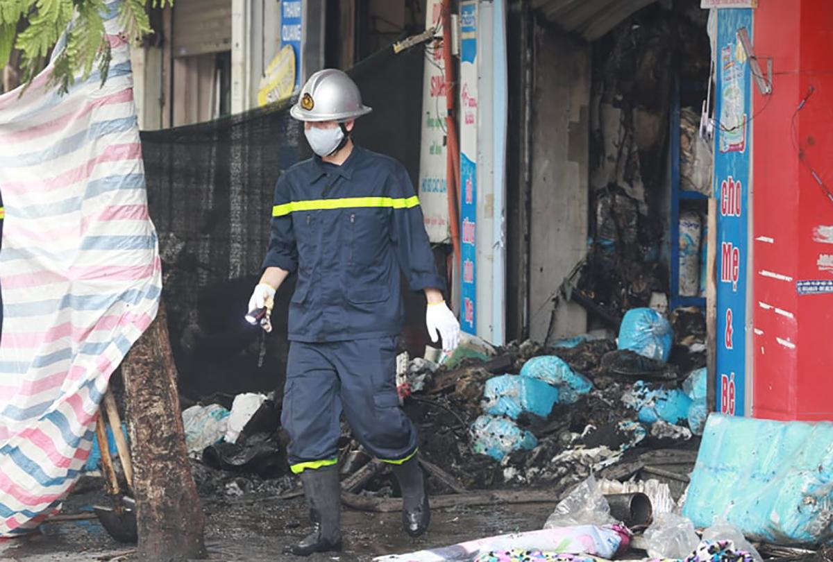 Hiện trường vụ cháy. Ảnh:Nguyễn Định.