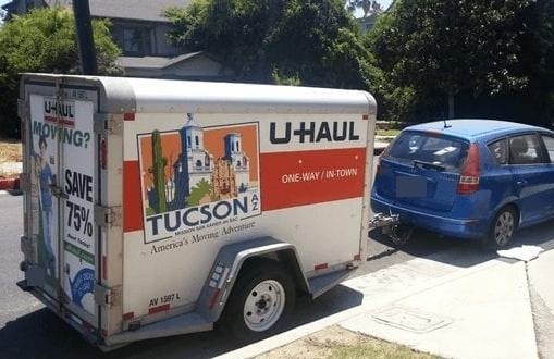 Loại toa xe rơ-moóc mà Grant thuê cho chuyến đi tới Texas. Ảnh: Moving Feedback.