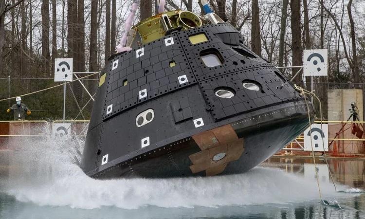 Thí nghiệm thả rơi phiên bản mô phỏng tàu Orion sẽ diễn ra vào 1045 tối nay theo giờ Hà Nội. Ảnh: NASA.