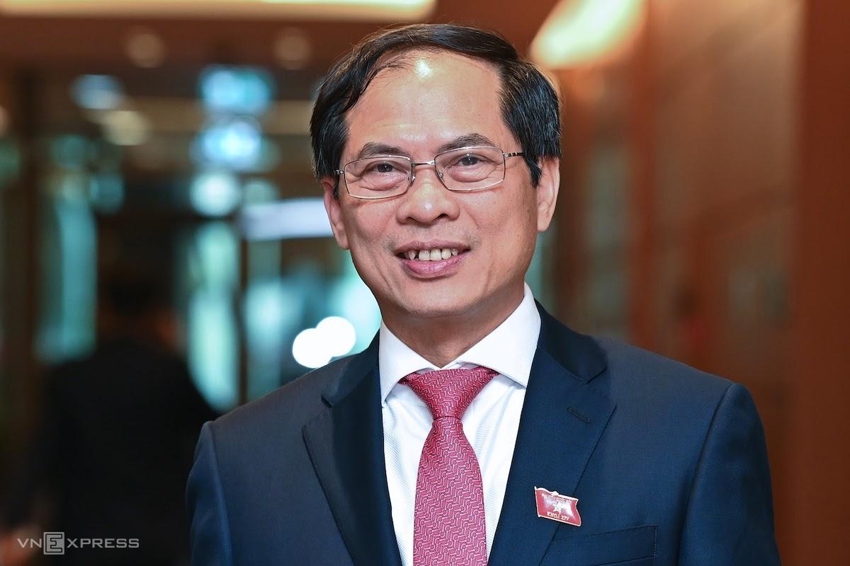 Ông Bùi Thanh Sơn, Thứ trưởng Bộ Ngoại giao, được trình để bổ nhiệm làm Bộ trưởng Ngoại giao. Ảnh: Giang Huy