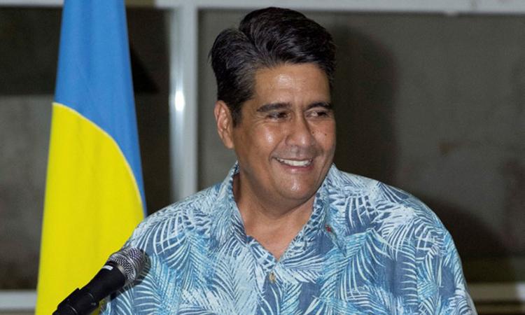 Tổng thống Palau Surangel Whipps phát biểu khi chào đón du khách từ Đài Loan đến bang Koror hôm 1/4. Ảnh: AFP.