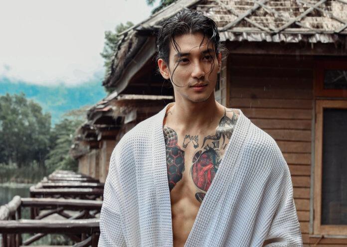 Paing Takhon, người mẫu kiêm diễn viên nổi tiếng ở Myanmar và Thái Lan. Ảnh: Facebook/Paing Takhon