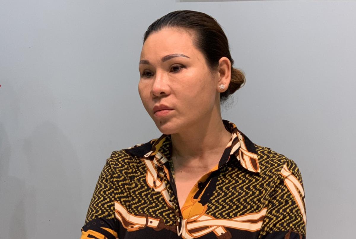 Bà Lâm Thị Thu Trà khi bị bắt. Ảnh: Quang Bình.