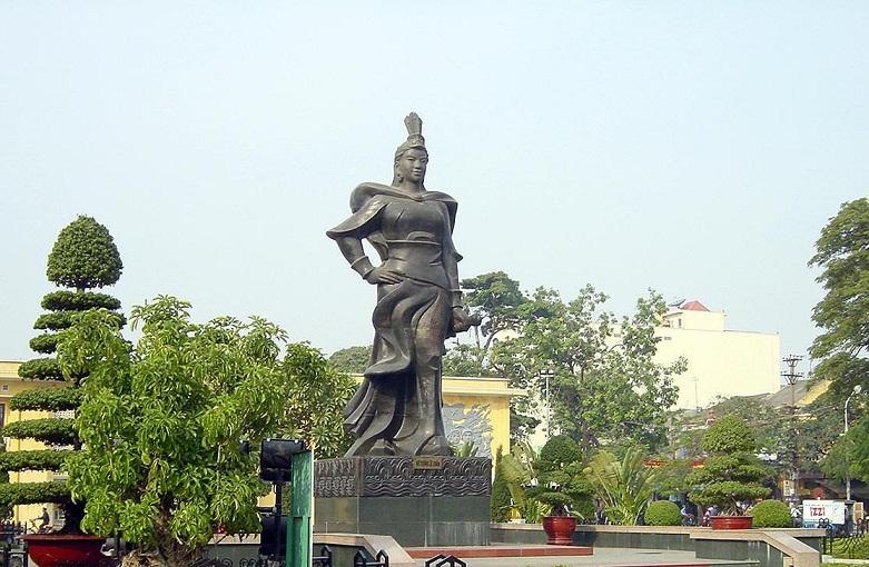 Tượng đài nữ tướng, được mệnh danh là Thánh Chân công chúa. Ảnh: ANHP