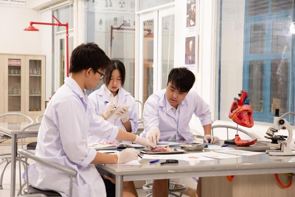 Chương trình MYP trau dồi kỹ năng học tập độc lập và phản biện cho học sinh.