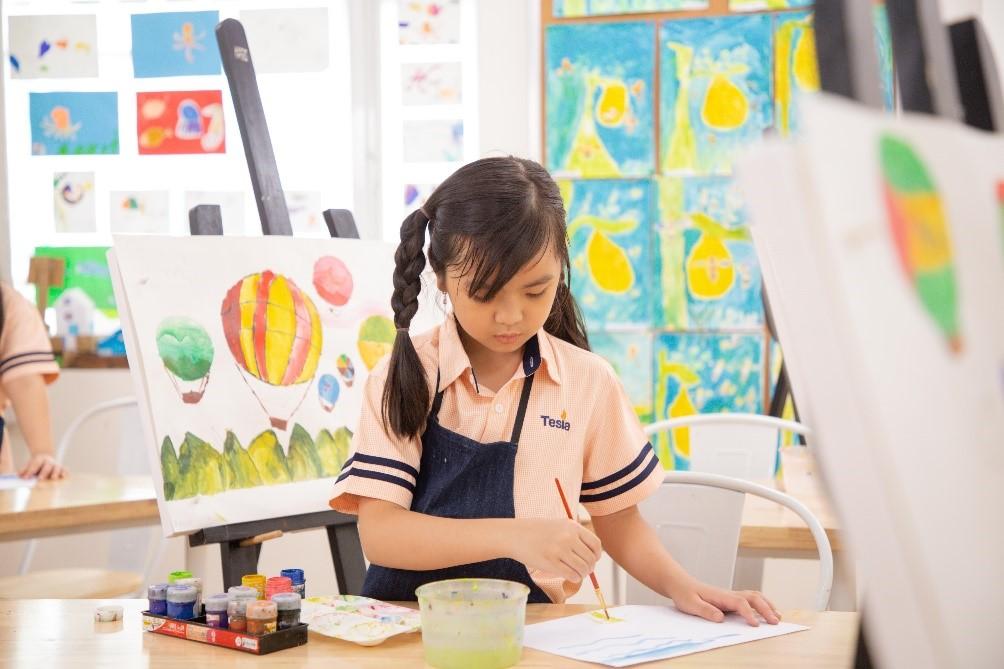 Nghệ thuật và Thiết kế là một trong các môn học quan trọng tại Tesla