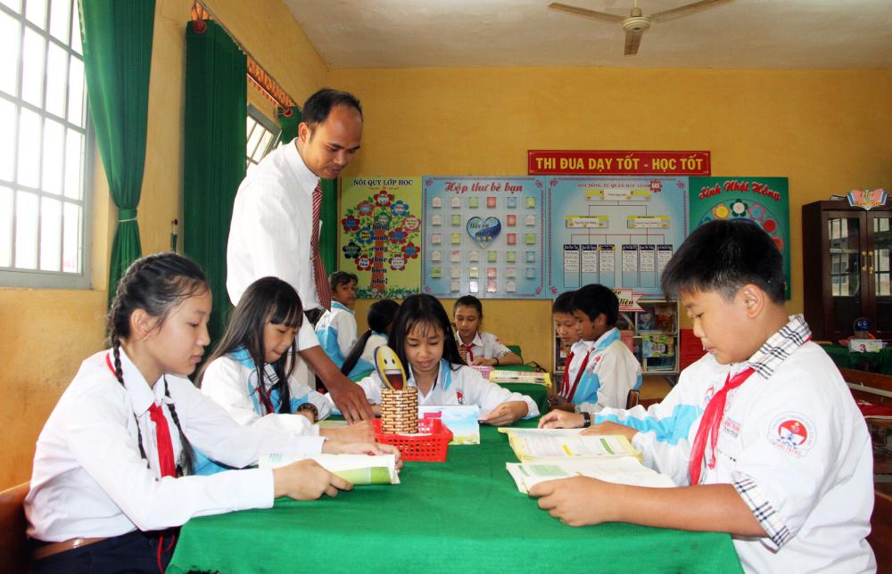 Một lớp học được tổ chức theo mô hình trường học mới tại huyện Bảo Lâm, Lâm Đồng, tháng 3/2018. Ảnh: Mạnh Tùng.