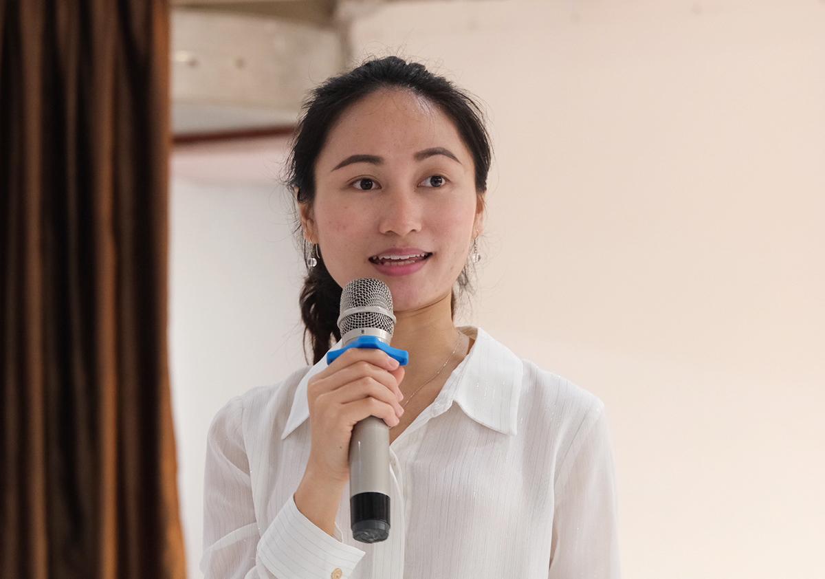 Thạc sĩ Tô Thị Hoan chia sẻ tại hội thảo do trường Phổ thông liên cấp Vietschool Pandora tổ chức ngày 10/4. Ảnh: Dương Tâm.