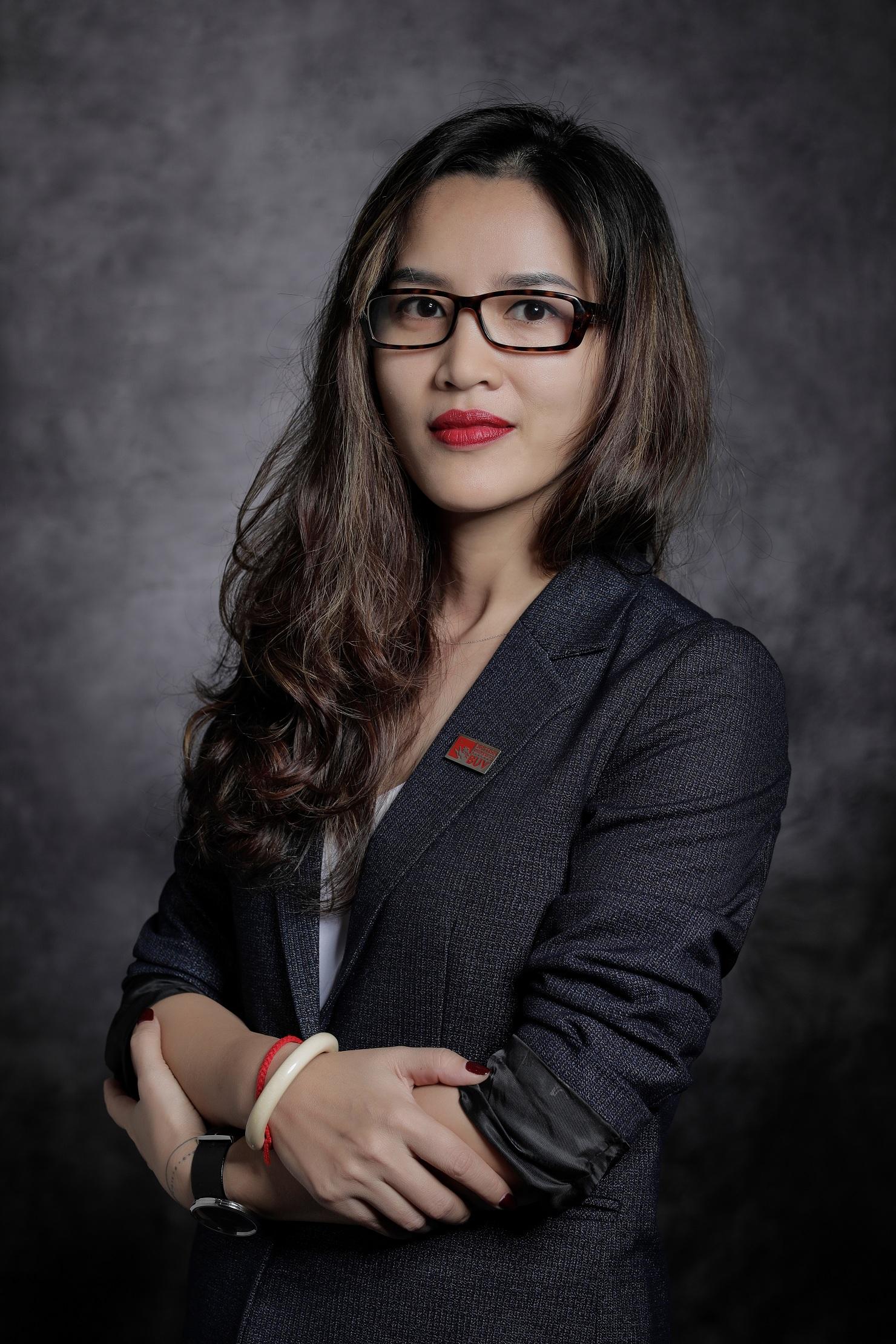 Chị Võ Hồng Hạnh - Giám đốc Tuyển sinh và Hợp tác BUV.