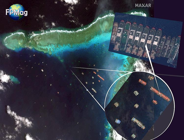 Đội hình tàu Trung Quốc neo đậu tại bãi Ba Đầu, thuộc lãnh hải đảo Sinh Tồn Đông của Việt Nam gần đây. Ảnh:Maxar.