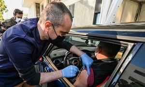 Hai đòn giáng vào chiến dịch tiêm chủng châu Âu