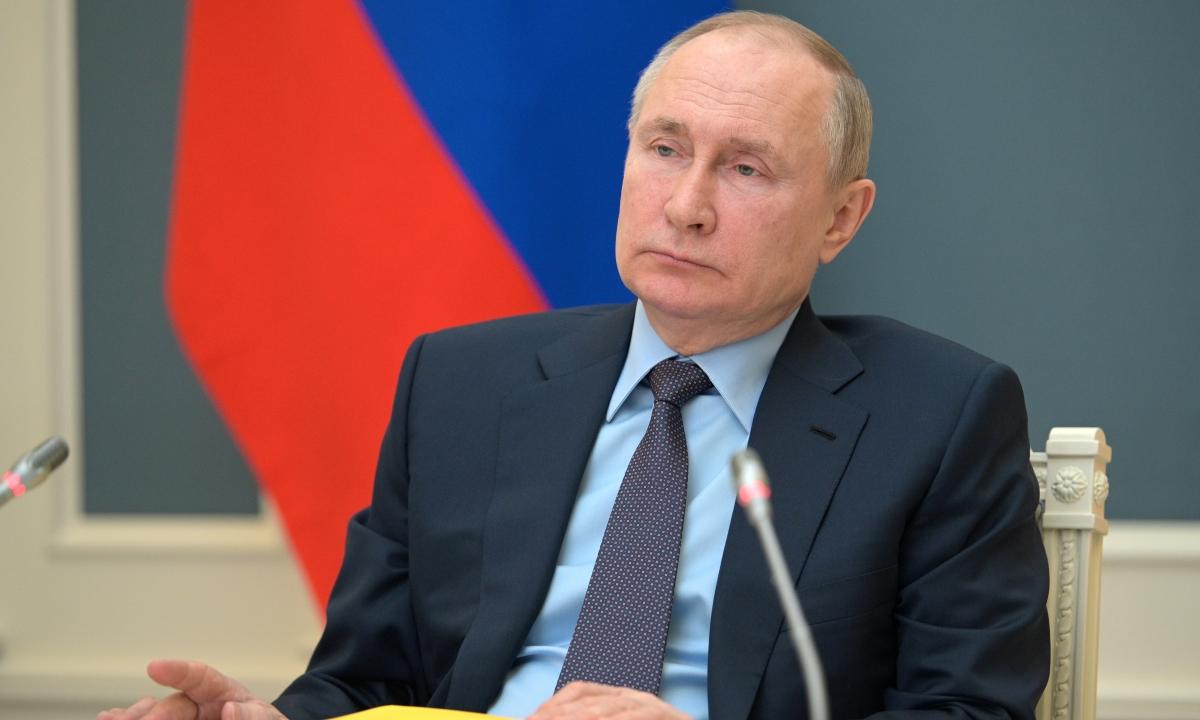 Tổng thống Nga Putin tham dự một cuộc họp tại Moskva, Nga ngày 14/4. Ảnh: Reuters.