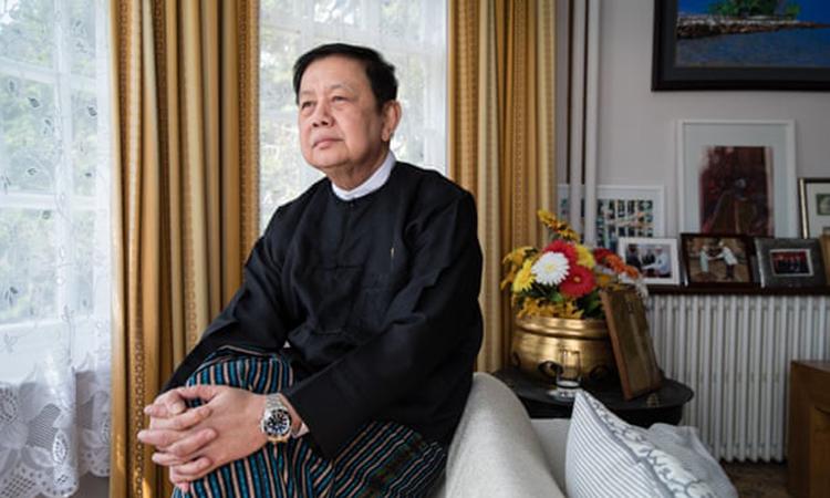 Ông Kyaw Zwar Minn tại dinh thự phía bắc thủ đô London, Anh hôm 13/4. Ảnh: Guardian.