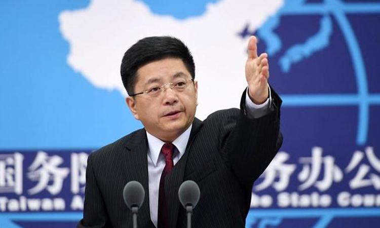 Mã Hiểu Quang, phát ngôn viên Văn phòng Các vấn đề Đài Loan, tại cuộc họp báo ở Bắc Kinh năm ngoái. Ảnh: Xinhua.