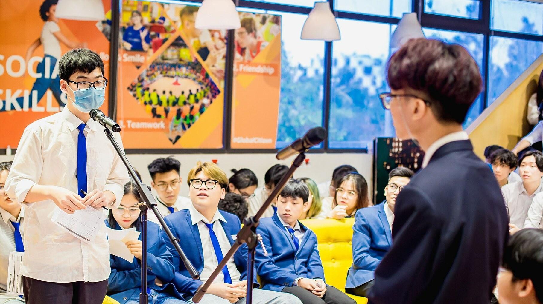 Tranh biện là sân chơi giúp học sinh trau dồi nhiều kỹ năng. Ảnh: Little Australia.