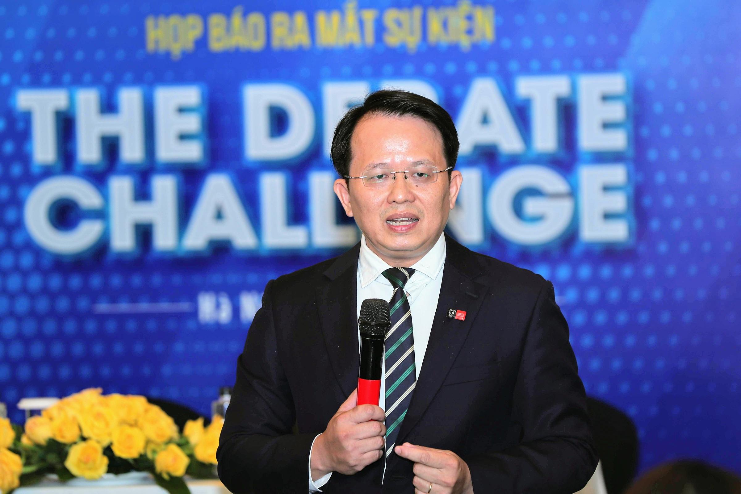 Theo ông Hoàng Việt Hà - Giám đốc Swinburne Việt Nam, học sinh Việt thiếu  kỹ năng mềm, giải quyết vấn đề. Ảnh: Phạm Chiểu.