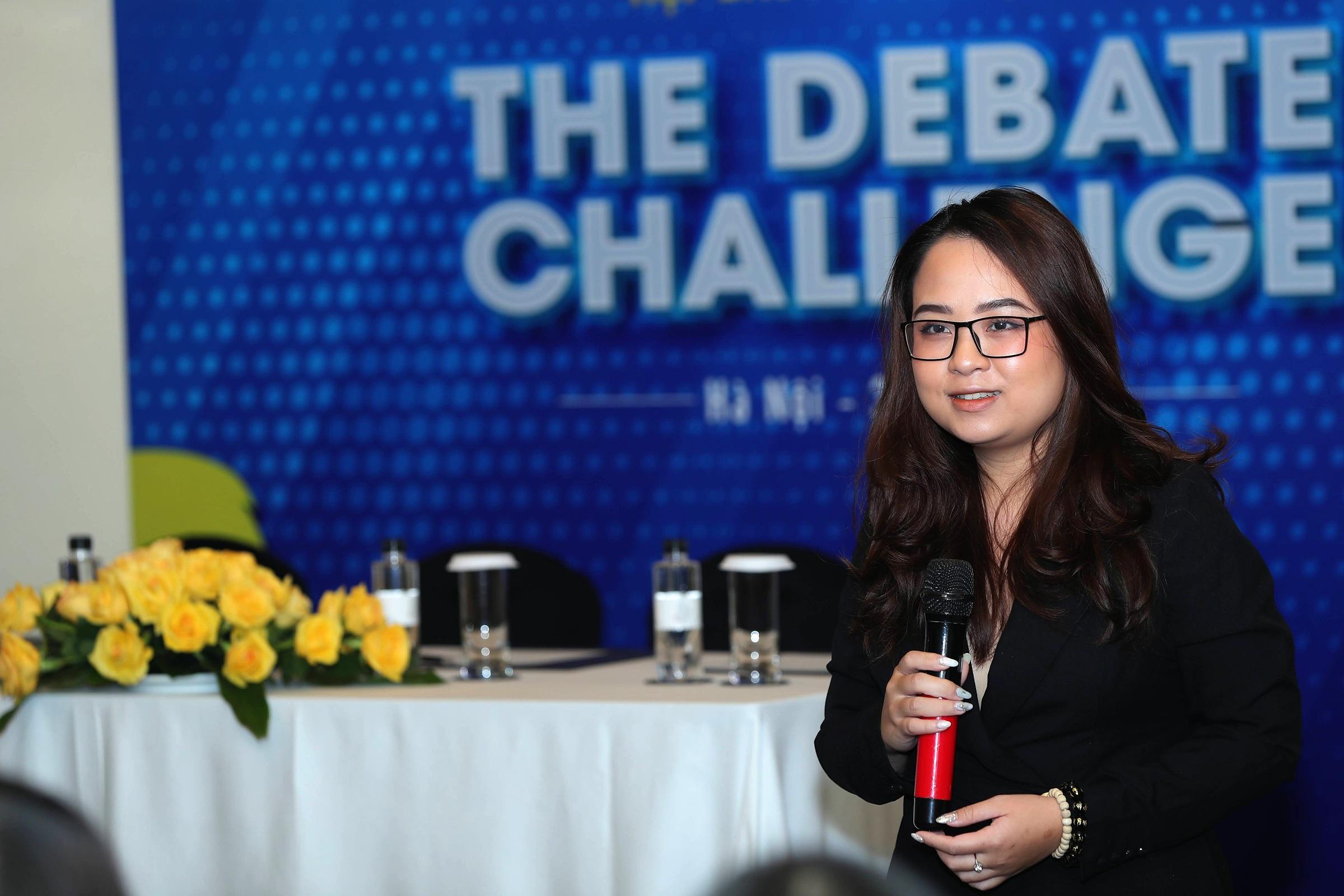 Nguyễn Ngọc Tú Uyên - Diễn giả xếp hạng 18 trong Giải vô địch tranh luận châu Á 2017